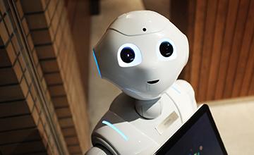 Pepper : Le robot humanoïde au Centre Iridis